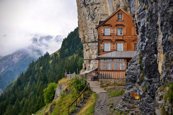 Aescher-Hotel1